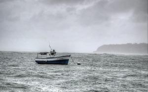 boat-377747_1280